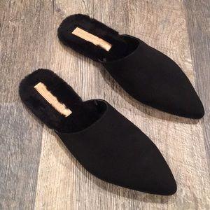 WHO WHAT WEAR woman flat black slip-on size 11